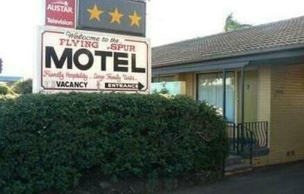 Flying Spur Motel