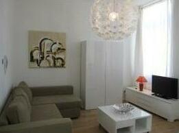Calatrava - 1 BR Apartment 1st Floor - ZEA 39160