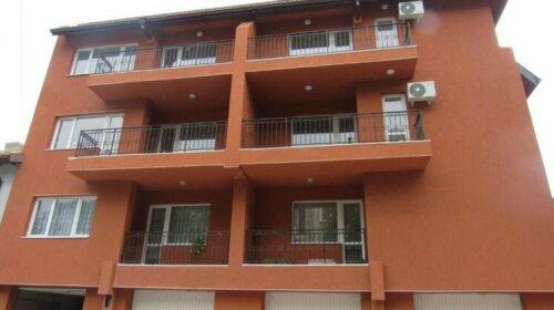 Apartment Crystal Balchik