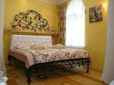 Na Suvorova Apartments