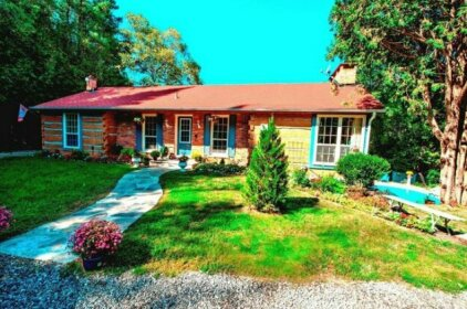 Forest Creek Bed & Breakfast and Retreat