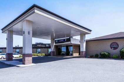 Quality Inn & Conference Centre Midland Ontario