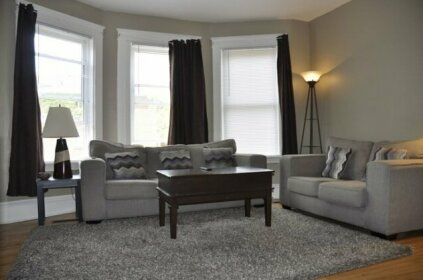 Moncton Suites - 79 Maple Street