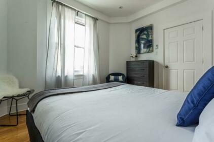 Posh Mile End Suites by Sonder