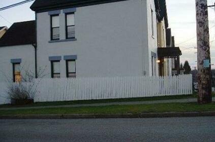 Towle Houses