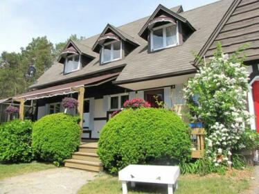 Willow Pond Country Bed and Breakfast