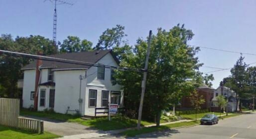 Ontario Street Studio Home