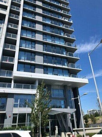 Richmond Brown Apartment