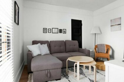Beautiful Modern Suite in the Heart of Broadway