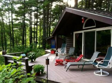 Morning Mist Cottage Retreat
