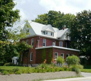 Doctor's House B&B