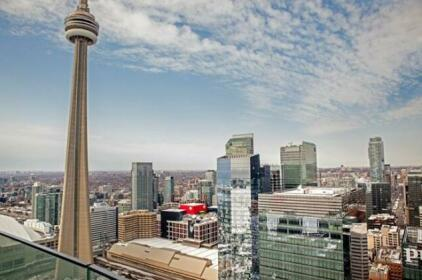 AOC Suites CN Tower View