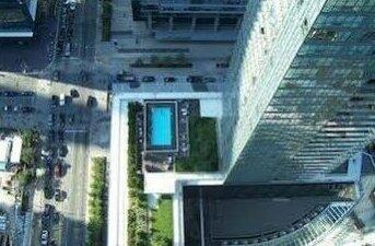Corporate Ryan Suites Maple Leaf Square