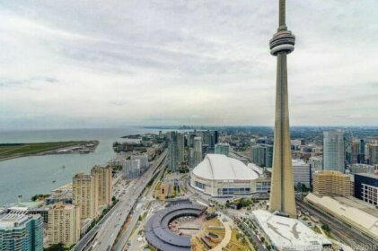 Instant Suites - Incredible Views in High End Luxury Condo