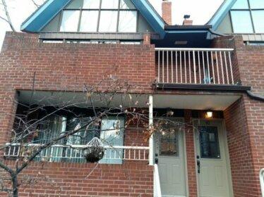 Toronto Furnished Living- Pembroke