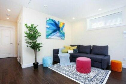Central Vancouver Entire Cozy 1 bdr Guest Suite