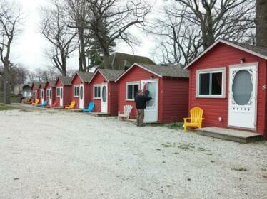 Rivershore Cottages