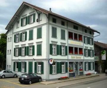 Hotel Bahnhof Huttwil