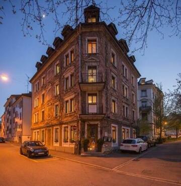 Vreni Giger's Jaegerhof Hotel