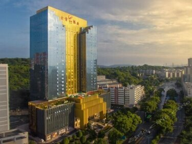 Royale Tower Hotel