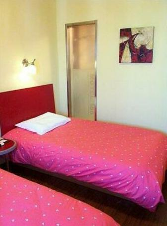 Home Inn Shanghai Longdong Avenue