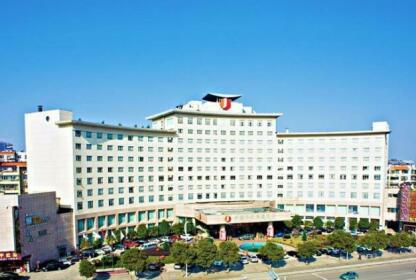Huarui Danfeng Jianguo Hotel