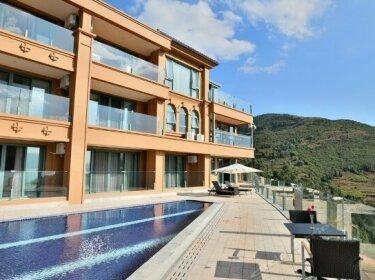 Fuxianhu Rongxi Yuehu Sea-view Holiday Hotel
