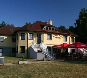 Penzion - Restaurace Na Myte