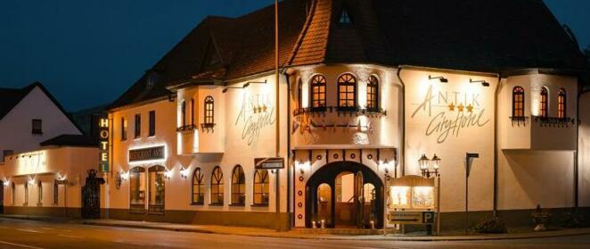 City Hotel Antik