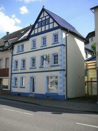 Gastehaus Bianka-Adenau