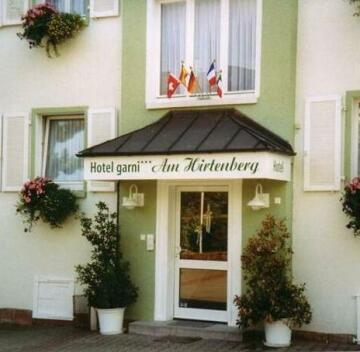Am Hirtenberg