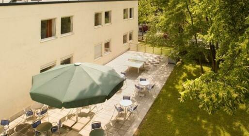 Studentenhotel Hubertusallee