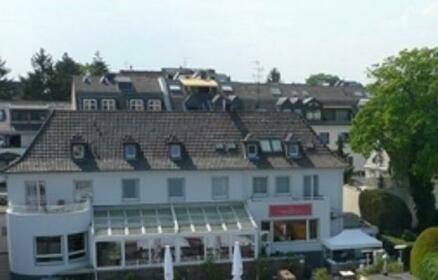 Rheinstation Hotel