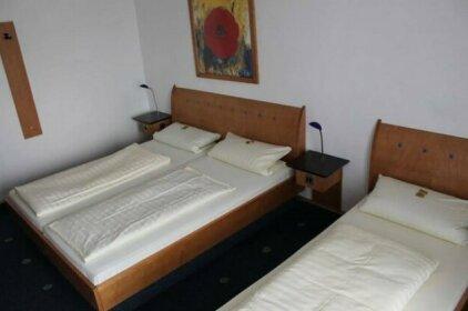 AXXE Motel Rasthof Kassel
