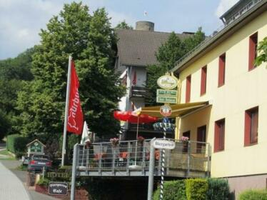 Land-gut-Hotel zur Burg Nurburgring-Eifel