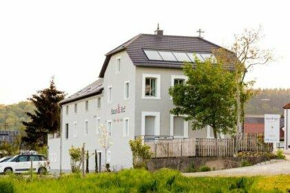 Haus & Hof Guest House