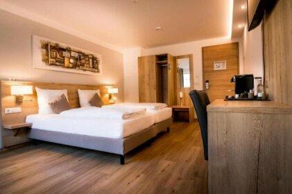 Hotel am Kumpfmuhler Kastell
