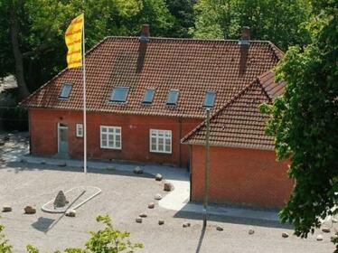 Eight-Bedroom Holiday home in Bolderslev