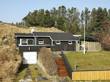 Two-Bedroom Holiday home in Blokhus 7