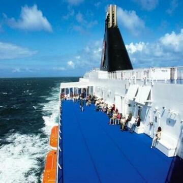 Hotel Ship 15