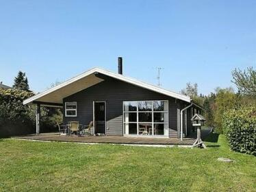 Two-Bedroom Holiday home in Ebeltoft 13