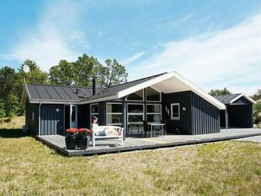 Four-Bedroom Holiday home in Albaek 2
