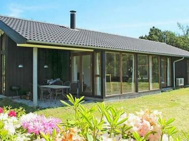 Three-Bedroom Holiday home in Gedser 2