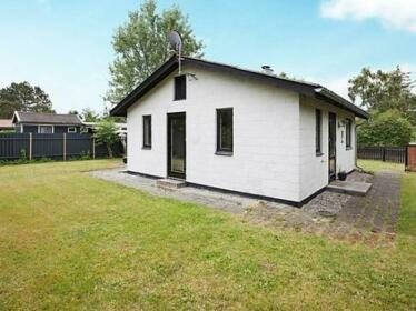 Two-Bedroom Holiday home in Knebel 14