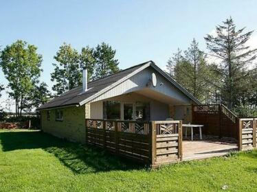 Three-Bedroom Holiday home in Logstor 2