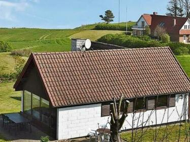 Three-Bedroom Holiday home in Asperup 2