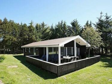 Three-Bedroom Holiday home in Saltum 6