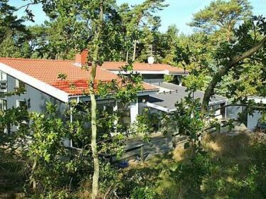Five-Bedroom Holiday home in Nexo 2