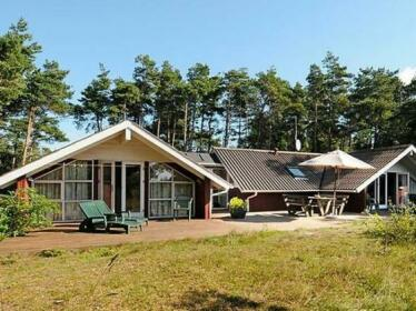 Four-Bedroom Holiday home in Aakirkeby 6