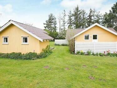 Three-Bedroom Holiday home in Bogo By 3